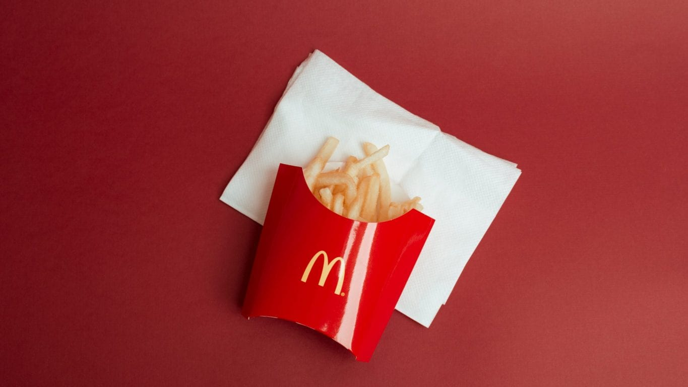McDonald's Created Beautifully Minimalist Ads Perfect for Instagram Stories