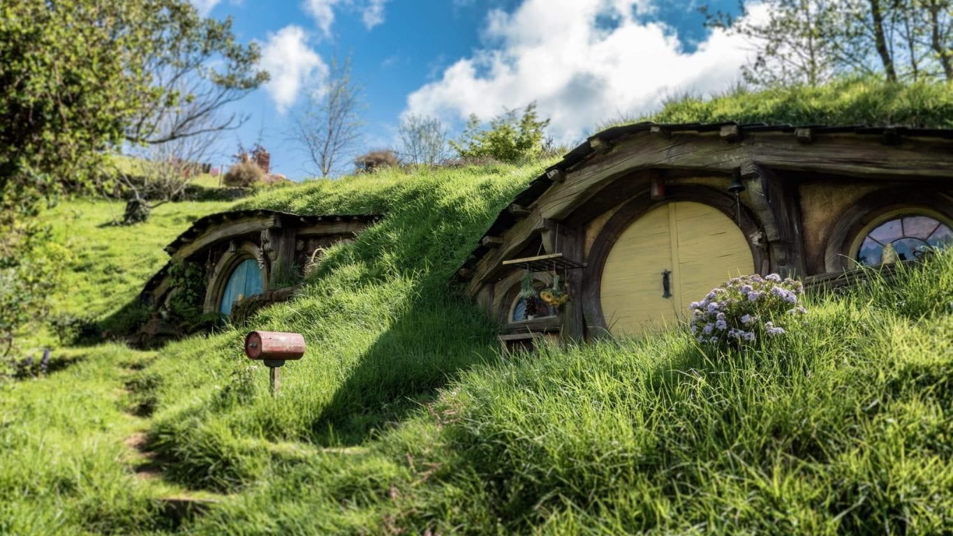 This Lord of The Rings-Themed Pop-Up Bar Will Have You Taking Shots in Mordor
